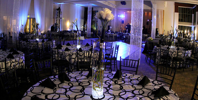 black and white wedding513b83a03494b.jpg