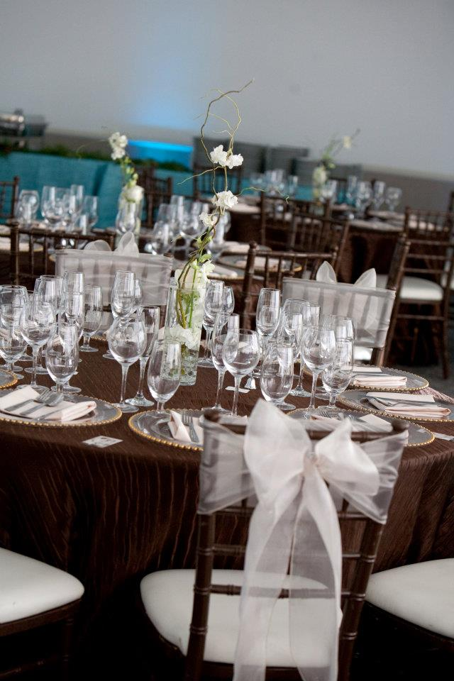 dark brown chiavari chairs