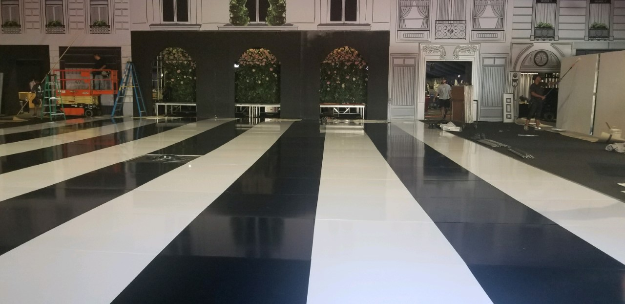 Black and White Seamless Dance Floor